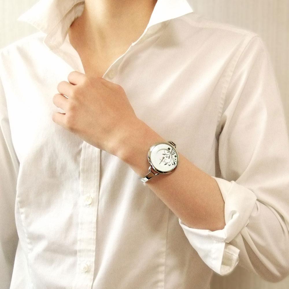 アクセサリーとしても可愛い!オリジナル腕時計 レディース特集